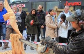 houtcarving-demonstratie-houtsculptuur-kettingzaag-1